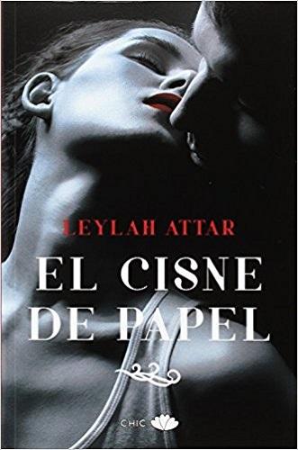 """""""El cisne de papel"""" Leylah Attar"""